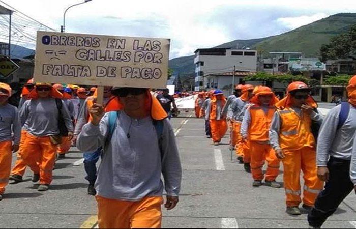 Quillabamba: obreros de construcción civil realizan protesta por falta de pagos